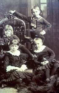 William Lyon Mackenzie King and his siblings