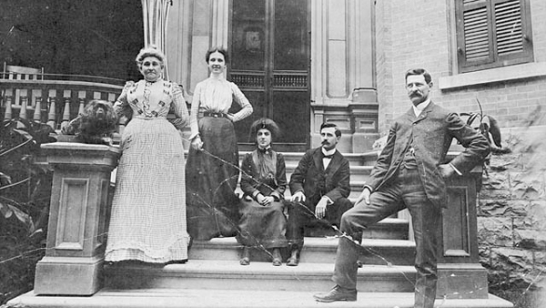 Lady Laurier and friends on steps of Laurier House (pet dog King Charles Spaniel at left) circa 1907