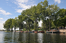 Old Lachine, where the Lachine Canal meets Lake Saint-Louis, is the perfect place to take in an extraordinary natural setting