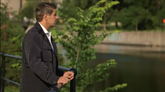 Marc Bergevin recounts his childhood memories at the Lachine Canal