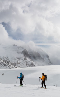 Ski-Touring, Alpine Ski-Touring and Ski-Mountaineering © Parks Canada / A. Greenberg