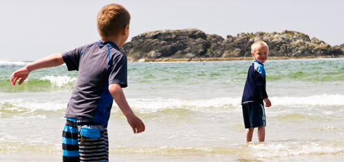 Children playing at Wickaninnish Beach