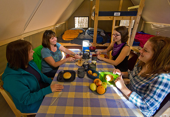 oTENTik, Berry Hill Campground, Gros Morne National Park (NL)