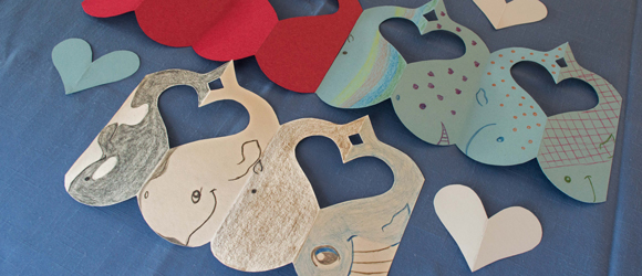 Three whale garlands are decorated for Valentine's Day