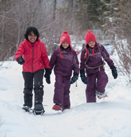 A family snowshoeing in Jasper