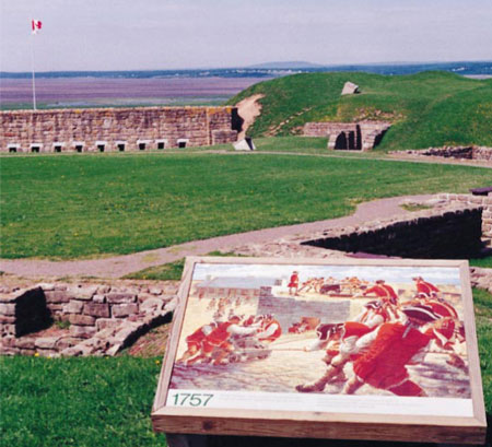 Photo du Fort Beauséjour, N.-B. Vestiges d'un fort français construit en 1751