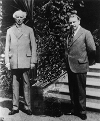 Rt. Hon. Sir Wilfrid Laurier and William Lyon Mackenzie King at Sydney