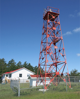 Le phare patrimonial de East Point (Île Saturna)