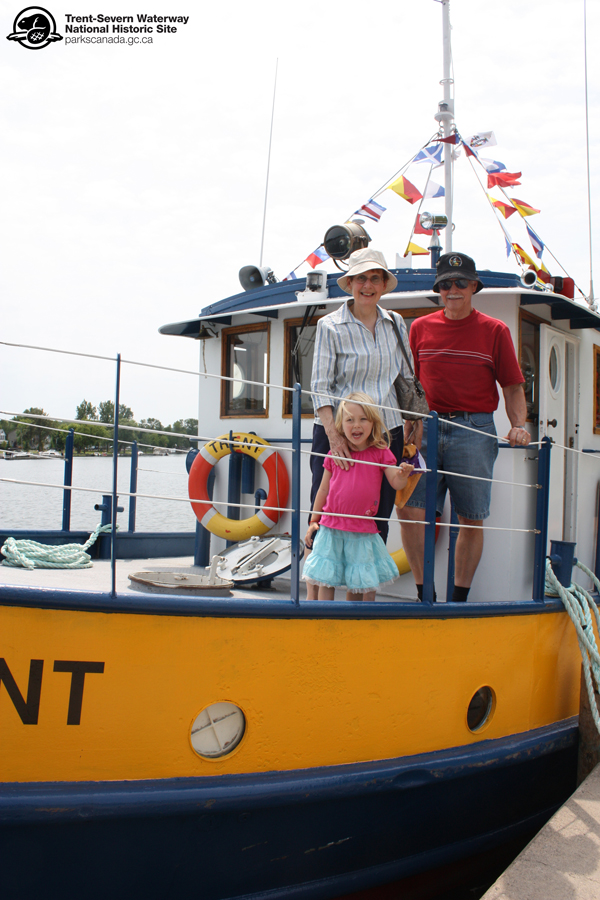 Sometimes it is hard to tell who loves the tug experience more – grandparents or grandchildren!