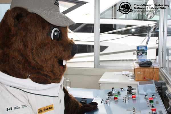 Parka is taught how to operate the Kirkfield Lift Lock! There are many buttons and switches – so much to learn!