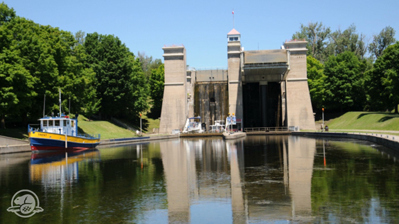 Peterborough Lift Lock Timelapse - One of only two hydraulic lift locks on the Waterway, Lock 21 is the highest hydraulic lift lock in the world. Opened on July 9, 1904, it leaves a visible and lasting impact on Peterborough's landscape. Watch this timelapse so see two boats lock through.