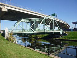 Côte-Saint-Paul Bridge