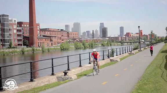 The Lachine Canal in the Heart of Montréal - Each year for the last quarter century, millions of visitors have taken over the banks of the Lachine Canal. Whether by foot, bike or boat, the Canal amazes with its stunning scenery and with one of the city's most beautiful paths.