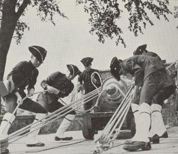 Exercises by gunners of the Compagnie franche de la Marine