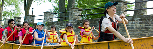 Rabaska Canoe Guided Tour on the Old Canal