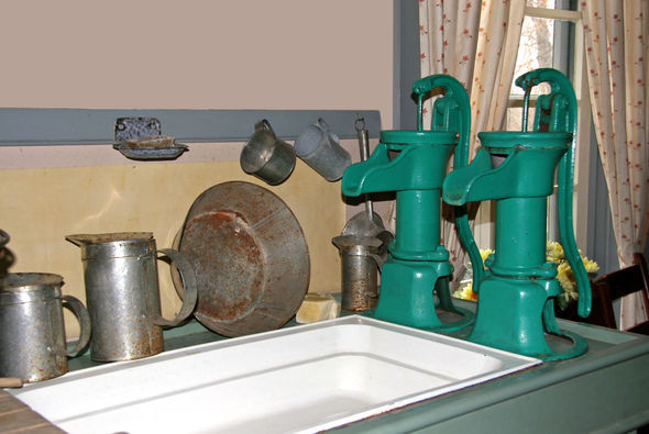 Pump in kitchen at Woodside National Historic Site
