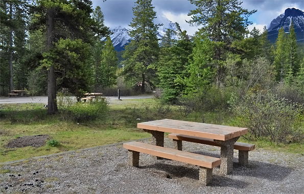 Lake Louise Trailer Campground