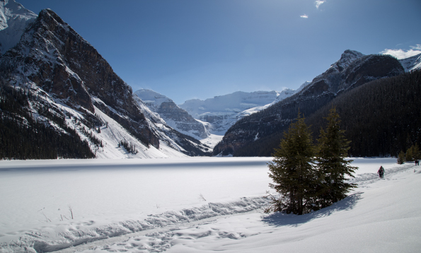 Lake Louise on a sunny winter day © Parks Canada