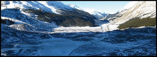 Icefields Parkway in Winter