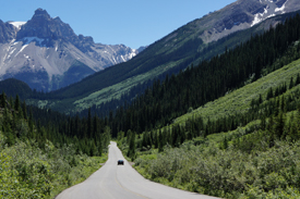 Yoho Valley Road © Parks Canada