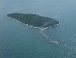 Middle Island in 1999