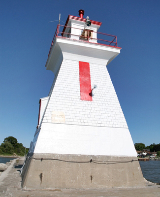 Saugeen River Front Range Heritage Lighthouse