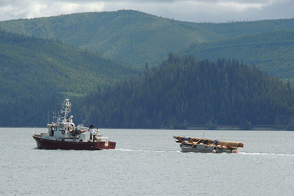The Legacy Pole on its way to Gwaii Haanas