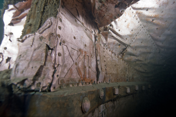 Roman numeral draught marks on the stern post used to indicate the load of the ship.