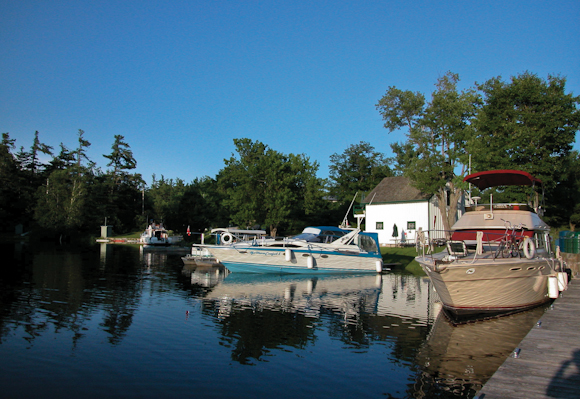 Boats at Davis Lockstation